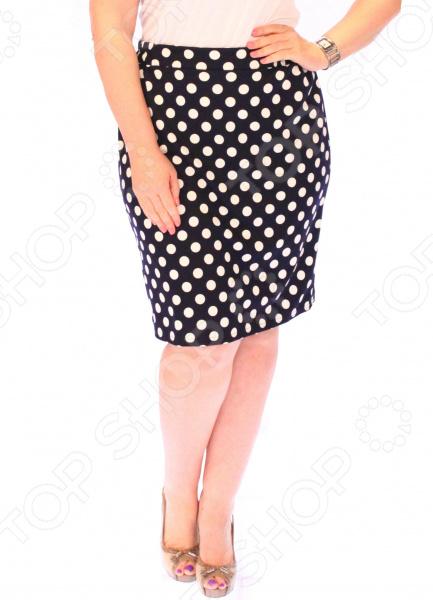 Юбка Матекс «Жемчужное колье»Юбки<br>Юбка Матекс Жемчужное колье прекрасная вещь для создания легкого женственного образа, которая идеально впишется в весенне-летний гардероб благодаря свободному крою и приятному материалу. Удобная юбка сделана из легкой ткани, поэтому прекрасно подойдет для повседневного использования.  Пояс на резинке удобно сидит на талии и не ограничивает движений.  Длина подкладки по колено, длина юбки чуть ниже колена, по крою колокольчик.  На фото с футболкой Пани  Юбка сшита из приятной на ощупь ткани 65 вискоза, 35 полиэстер, 5 лайкра . Материал не мнется, не скатывается и не линяет, быстро высыхает после стирки.<br>