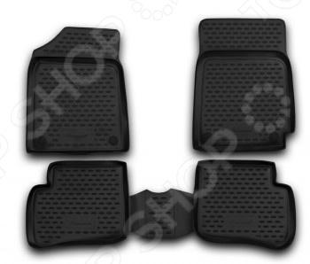 Комплект ковриков в салон автомобиля Novline-Autofamily Toyota Vitz 1998-2005Коврики в салон<br>Комплект ковриков в салон автомобиля Novline Autofamily Toyota Vitz 1998-2005 поможет обеспечить чистоту и комфортные условия эксплуатации вашего автомобиля. Используйте эти коврики, чтобы защитить оригинальное покрытие пола от грязи, пыли, пятен и воздействия влаги. Изделия созданы из экологически чистого полимерного материала, прошедшего строгий гигиенический контроль. Оцените основные преимущества полиуретановых ковриков Novline:  Нейтральность к агрессивному воздействую различных химических сред.  Высокая устойчивость к значительным перепадам температур в диапазоне от -50 до 50 C .  Устойчивость к воздействию ультрафиолетовых лучей.  Значительно легче резиновых аналогов. Легко очищаются от грязи, обладают повышенной износостойкостью.  Свойства материала и текстура поверхности коврика обеспечивают противоскользящий эффект.  Форма ковриков разработана с учетом особенностей конкретной марки и модели автомобиля применяется технология 3D-сканирования для максимальной точности , что избавляет владельца от необходимости их подгонки под салон своей машины. Коврики надежно фиксируются на своих местах и не смещаются.  Передняя часть водительского ковра имеет специальную форму, исключающую зацепление педали за изделие.<br>