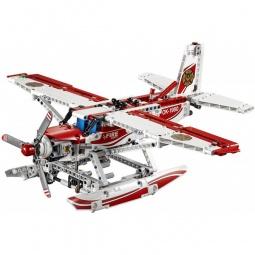 фото Конструктор игрушечный LEGO «Пожарный самолет»