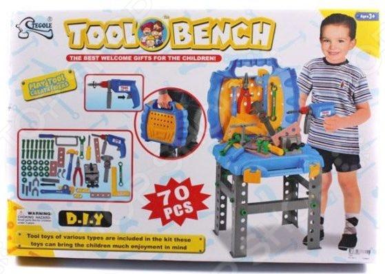 Игровой набор для мальчика Shantou Gepai «Портативная мастерская с набором инструментов»Сюжетно-ролевые наборы<br>Игровой набор для мальчика Shantou Gepai Портативная мастерская с набором инструментов станет замечательным подарком ребенку. Он содержит элементы, позволяющие разнообразить игровой процесс, сделать игру интереснее. Сюжетно-ролевые наборы важны для детей, поскольку развивают фантазию, помогают научить ребенка доброте и заботе, почувствовать ответственность. Набор содержит игрушечную дрель, а также разнообразный ручной инструмент. Чемоданчик для хранения и переноски в разложенном виде выполняет функцию столика. С таким набором ребенок почувствует себя настоящим мастером.<br>