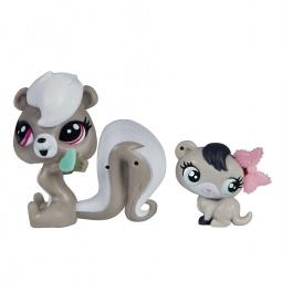 фото Игрушка-зверюшка с аксессуарами Hasbro «Скунс и хорек» A8425