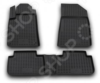 Комплект ковриков в салон автомобиля Novline-Autofamily Citroen C5 2001-2008Коврики в салон<br>Комплект ковриков Novline Autofamily Citroen C5 2001-2008 прекрасно дополнит салон вашего автомобиля. Многие автовладельцы довольно щепетильно относятся как к внешнему, так и внутреннему состоянию своих железных коней , поэтому для них важно, чтобы салон машины был чист и ухожен. Однако сохранять чистоту довольно сложно, ведь достаточно пройти дождю или снегу, как внутрь попадает пыль, грязь и влага. Первыми удар на себя принимают коврики. Несмотря на свою незаметность, они выполняют большую роль в поддержании порядка и сохранении первоначального состояния пола салона. Комплект Novline Autofamily Citroen C5 2001-2008 идеально подходит для данной марки автомобиля, т.к. проектирование ковриков происходит при помощи компьютера. Материалом изготовления служит полиуретан, который обладает рядом уникальных свойств. Он устойчив к значительным перепадам температур, нейтрален к агрессивному воздействую различных химических сред, эластичен и экологически безопасен. Структура материала обеспечивает превосходный противоскользящий эффект. Для еще лучшей фиксации предусмотрена система креплений. Стоит также отметить, что форма передней части водительского ковра, уходящая под педаль акселератора, исключает нештатное заедание педалей.<br>