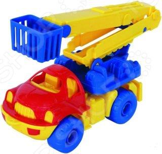 Машинка игрушечная Нордпласт дорожная «Малыш». В ассортименте