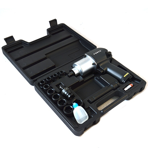 Набор инструмента: пневмогайковерт с ударными головками Force F-4142 пневмогайковерт abac с 4 головками 750157