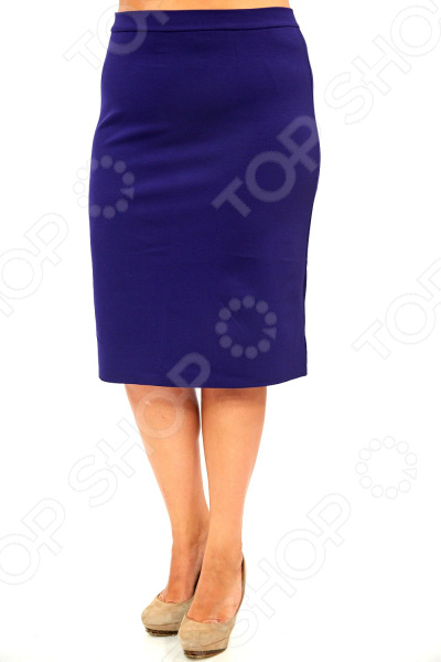 Юбка Элеганс «Эшли». Цвет: темно-синийЮбки<br>Юбка Элеганс Эшли создана с учетом всех особенностей женской фигуры, чтобы вы могли легко создать неповторимый, элегантный женственный образ. Это уникальная модель, которую можно сочетать со многими вещами в вашем гардеробе. Особенности юбки Элеганс Эшли:  Пояс на широкой резинке, не ограничивает движений;  Материал не мнется, не скатывается и не линяет.  Швы обработаны текстурированными, эластичными нитями, благодаря чему не тянутся и не натирают кожу. Юбка выполнена из лёгкого и приятного к телу материала 40 хлопок, 60 полиэстер . Полиэстер очень быстро высыхает после стирки и не мнется. Даже после длительных стирок и использования эта юбка будет выглядеть идеально.<br>