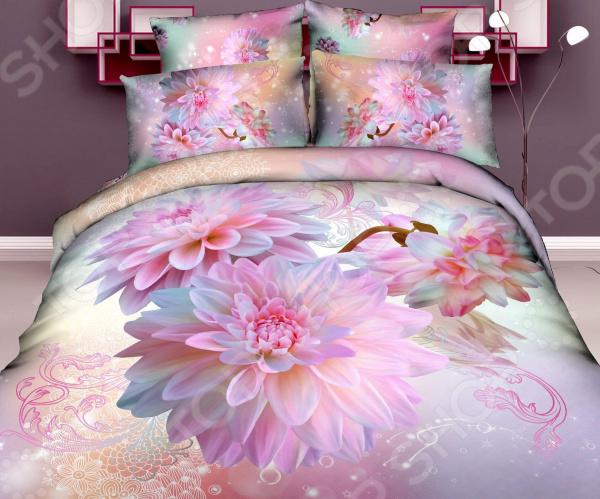 Комплект постельного белья Mango «Пионы». 1,5-спальный1,5-спальные<br>Комплект постельного белья Mango Пионы для создания комфортной обстановки и украшения спальной комнаты. Чтобы сон всегда был комфортным, а пробуждение приятным, мы предлагаем вам этот комплект постельного белья. Приятный цвет и высокое качество пошива гарантирует, что атмосфера вашей спальни наполнится теплотой и уютом, а вы испытаете множество сладких мгновений спокойного сна. Преимущества постельного белья:  Мягкая, гладкая и шелковистая поверхность ткани.  Хорошо держит форму: не растягивается, не скатывается, не деформируется и не теряет яркость цвета после стирки.  Сделано из материала высокой прочности.  Хорошо вентилируется и впитывает влагу.  Гладкая структура полотна.  Белье из текстиля высокого качества, сделанное по специальной технологии сложного переплетения нескольких видов нитей. Способно хорошо пропускать воздух и впитывать влагу. Также имеет отличные характеристики усадки и практически не мнется. Дизайн белья предусматривает красочные, объемные, реалистичные рисунки, нанесенные на ткань методом реактивной печати. Великолепно подойдет для спальни в классическом стиле, добавит в интерьер аристократическую легкость и элегантность. Уход: Перед первым применением комплект постельного белья рекомендуется постирать. Перед этим выверните наизнанку наволочки и пододеяльник. Для сохранения цвета не используйте порошки, которые содержат отбеливатель. Рекомендуемая температура стирки 40 С и ниже, без использования кондиционера или смягчителя воды.<br>