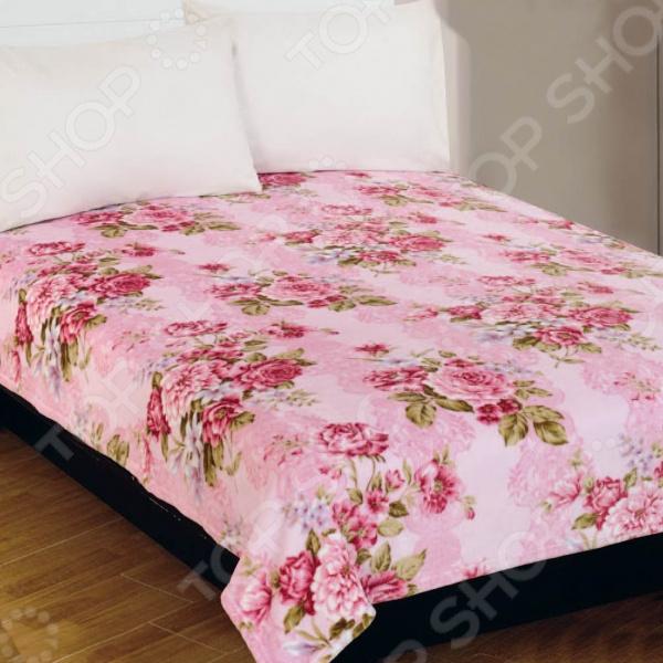 Плед Amore Mio RosesПледы<br>Плед Amore Mio Roses мягкое, теплое и уютное дополнение для вашей спальни. Плед изготовлен из фланели, прекрасно сохраняет тепло и не накапливает статическое электричество. Этот материал экологически чистый, не вызывает аллергии и очень приятен на ощупь. В процессе создания изделия используются стойкие натуральные краски, благодаря которым плед длительное время сохраняет яркость и насыщенность цветов. Он прекрасно переносит как ручную, так и машинную стирку, не скатываясь и не теряя изначальную форму. Плед легко очищается от пыли и загрязнений, достаточно быстро сохнет. Он станет красивым и ярким элементом декора комнаты, сделает ее еще более комфортной и обязательно согреет вас в холодное время.<br>