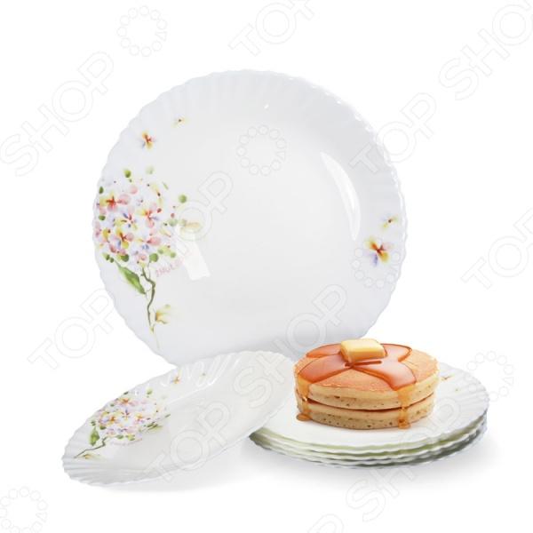 Любая хозяйка знает насколько важна в кулинарии сервировка и правильная подача блюд. От того как блюдо оформлено, в какой посуде подано и как смотрится на тарелке, зависит едва ли не половина вашего успеха. Набор тарелок обеденных Loraine LR-23687 внесет яркий акцент в сервировку стола и станет отличным дополнением к набору ваших кухонных аксессуаров и принадлежностей. Посуда выполнена из высококачественной стеклокерамики и декорирована оригинальным узором.