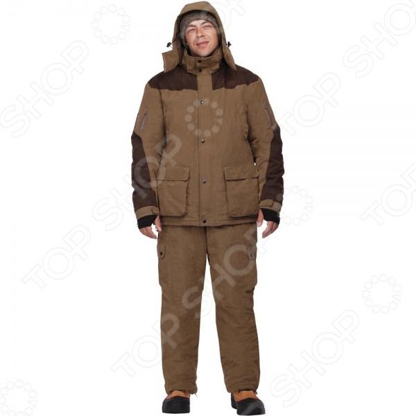 Костюм для охоты NOVA TOUR Карху предназначается для использования в холодное время года и способен защитить своего хозяина от морозов до -25 C. Нешуршащая ворсовая верхняя ткань на костюме обеспечивает минимальный уровень шума, что несомненно обрадует любого охотника. Мягкая и приятная на ощупь подкладка прекрасно сохраняет тепло и отводит влагу. Плечи усилены нескользящими накладками из кожи, благодаря чему носить оружие и рюкзак станет проще. Анатомический крой локтя и колена обеспечивают свободу движений, позволяя охотнику не отвлекаться на возможные неудобства одежды. Рукава обладают плотными манжетами, а брюки оканчиваются защитной муфтой, которая препятствует попаданию воды, снега, а также задуванию холодного воздуха. Талия и низ куртки регулируются эластичным шнуром, а большое количество карманов разного размера позволяет унести с собой все необходимое. Кроме того, брюки можно затянуть по ширине ноги или наоборот, накрыть сверху ботинки. Модель отличается от своего предшественника брюками высокой посадки, что обеспечивает защиту поясницы от холода. Ткань Micro Fibre Peach, а в качестве утеплителя используется Термо МАКС.