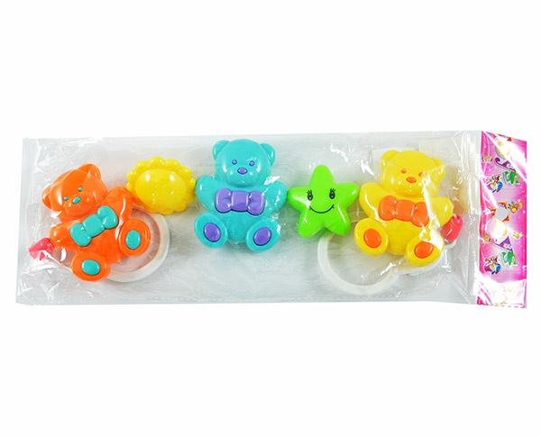 Игрушка подвесная Shantou Gepai «Мишки разноцветные»Погремушки. Подвески<br>Игрушка подвесная Shantou Gepai Мишки разноцветные способствует развитию у малышей мелкой моторики рук, координации движений и сенсорного восприятия. Ее можно прикрепить к кроватке, люльке или коляске. Игрушка выполнена из высококачественной нетоксичной пластмассы. Предназначено для детей в возрасте от 3-х месяцев.<br>