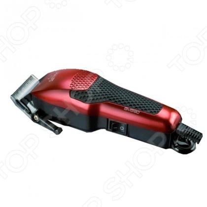 Машинка для стрижки GA.MA T21.GM 590Триммеры<br>Машинка для стрижки GA.MA T21.GM 590 позволяет сделать процесс стрижки безопасным и безболезненным. Прочные стальные лезвия обеспечивают максимальную эффективность, а различные установки длины позволяют с лёгкостью добиться желаемого результата. Сочетает в себе современный дизайн и экономичность. Кроме того, для еще большего повышения удобства работы, модель снабжена петлей для подвешивания. В комплект также входит специальная щеточка для ухода за прибором после работы.<br>