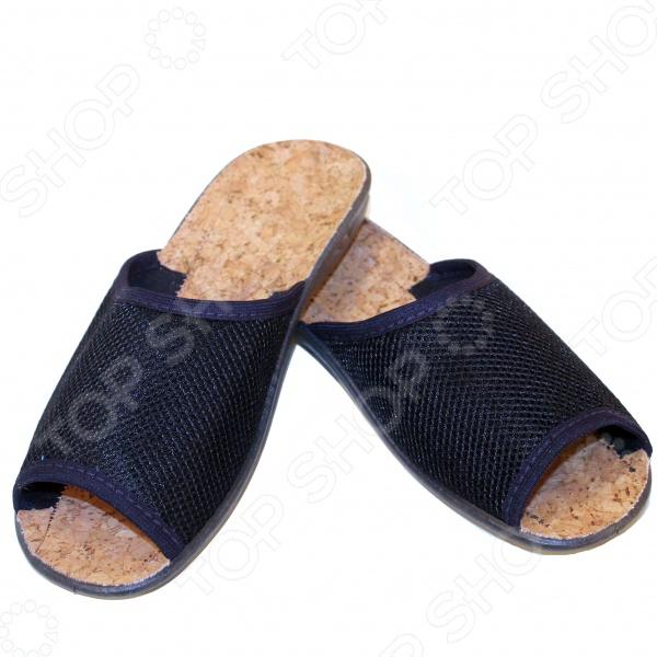 Туфли женские АЛМИ Летний сад удобная и практичная обувь, которая прекрасно дополнит ваш летний гардероб. Они настолько легкие и комфортные, что подойдут не только для повседневных прогулок, но и для дома. Дизайн обуви разработан российскими специалистами.  Удобная обувь из высококачественных материалов, не требующая дополнительных средств для ухода.  Изготовлены по уникальной технологии литьевого крепления.  Низкая устойчивая подошва сделана из ПВХ.  Верх изготовлен из перфорированного текстиля, а стелька из натуральной пробки.