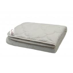 фото Одеяло стеганое с шерстью мериноса Домашний уют