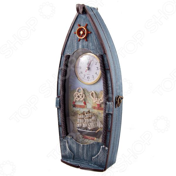 Ключница настенная «Рыбацкое судно» 133503Ключницы стационарные<br>Ключница настенная Рыбацкое судно 133503 это стильное дополнение к вашему домашнему интерьеру. Теперь вам больше не придется каждый раз, уходя из дома, искать оставленные где-то ключи. Стоит только повесить их на крючок и вы точно будете знать, что они ждут вашего следующего выхода из квартиры. Можно повесить ключницу прямо рядом с входной дверью или расположить её на любой из стен в коридоре. Интересный дизайн ключницы легко впишется в общий интерьер квартиры, а также поможет разнообразить привычный вид квартиры. Ухаживать за ключницей очень легко, вам необходимо изредка протирать её от пыли мягкой сухой тканью.<br>