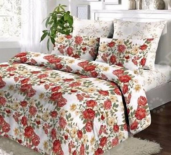 Комплект постельного белья Мар-Текс «Цветы». 1,5-спальный1,5-спальные<br>Комплект постельного белья Мар-Текс Цветы это удобное постельное белье, которое подойдет для ежедневного использования. Чтобы ваш сон всегда был приятным, а пробуждение легким, необходимо подобрать то постельное белье, которое будет соответствовать всем вашим пожеланиям. Приятный цвет, нежный принт и высокое качество ткани обеспечат вам крепкий и спокойный сон. 100 хлопок, из которого сшит комплект отличается следующими качествами:  достаточно мягка и приятна на ощупь, не имеет склонности к скатыванию, линянию, протиранию, обладает повышенной гигроскопичностью, практически не мнется, не растягивается, не садится, не выгорает, гипоаллергенна, хорошо отстирывается и не теряет при этом своих насыщенных цветов;  современная фотопечать прекрасно передаёт цвет и мельчайшие детали изображения;  за счёт специального переплетения волокон ткань устойчива к механическим воздействиям. Ткань устойчива к механическим воздействиям. Перед первым применением комплект постельного белья рекомендуется постирать. Перед стиркой выверните наизнанку наволочки и пододеяльник. Для сохранения цвета не используйте порошки, которые содержат отбеливатель. Рекомендуемая температура стирки: 40 С и ниже без использования кондиционера или смягчителя воды.<br>