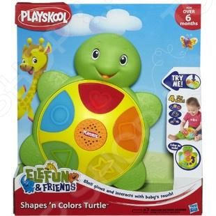 Развивающая игра Hasbro «Интерактивная черепашка. Цвета и формы»Другие обучающие и развивающие игры<br>Развивающая игра Hasbro Интерактивная черепашка. Цвета и формы это отличная возможность для малыша обучаться в игровой форме. В подарочной упаковке вы найдете зеленую улыбчивую черепашку со светящимся панцирем, на которой расположена интерактивная панель. С помощью этой игрушки ребенок сможет научиться различать цвета красный, желтый, зеленый, голубой и оранжевый и формы круг, квадрат, треугольник, звездочку и сердечко . Игрушка работает от трех батареек типа ААА.<br>