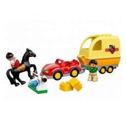 фото Конструктор игровой LEGO «Трейлер для лошадок»