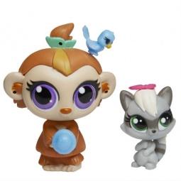 фото Игрушка-зверюшка с аксессуарами Hasbro «Обезьянка и енот» A8424