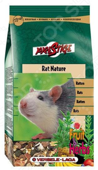 Корм для крыс Versele-Laga Rat Nature Fruit &amp;amp; HerbsКорм<br>Корм Versele-Laga Rat Nature Fruit Herbs предназначен специально для крыс. Ваш питомец будет в восторге от своего нового блюда. Злаки, травы и фрукты все эти компоненты не только разнообразят рацион пушистого зверька, но и обогатят его полезными витаминами, питательными веществами, микро- и макроэлементами. Высокое содержание клетчатки поможет правильному пищеварению. Сбалансированное лакомство легко усваивается, а также способствует равномерному стачиванию зубов домашнего любимца. Данный корм можно давать как основной, ведь он содержит все необходимое, чтобы грызун был сытым и здоровым. Основные преимущества корма Versele-Laga:  Уход за ротовой полостью и зубами грызуна;  Бережно высушенные фрукты обеспечивают прекрасный вкус;  Низкая калорийность не позволит зверьку набирать лишний вес;  Целый комплекс витаминов для поддержания здоровья грызуна;  Экстракт Юкки снижает запах от выделений.<br>