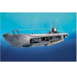 фото Сборная модель подводной лодки Revell U-47 с интерьером