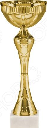 Кубок Россимвол 9032BСувенирные кубки<br>Кубок Россимвол 9032B для церемонии награждения. Его можно использовать как трофей для награждения команды за спортивное или интеллектуальное достижение в различных дисциплинах. При любом мероприятии, победителю будет невообразимо приятно получить кубок, символ величия и победы. Кубок изготовлен из металла и пластика, а основание из мрамора.<br>