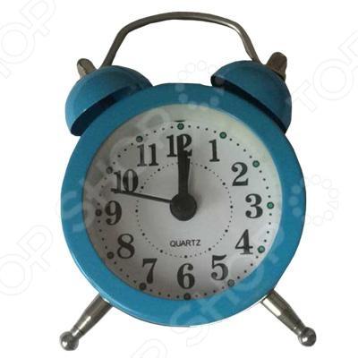 Часы-будильник Irit IR-603Будильники<br>Часы-будильник Irit IR-603 станет прекрасным подарком для подрастающих детишек, которым уже пора самостоятельно подниматься рано по утрам. Круглый циферблат с большими арабскими цифрами очень удобен и хорошо виден, а плавный ход стрелки не будет мешать спать по ночам. Работает от батарейки AG13, которая уже включена в комплект.<br>