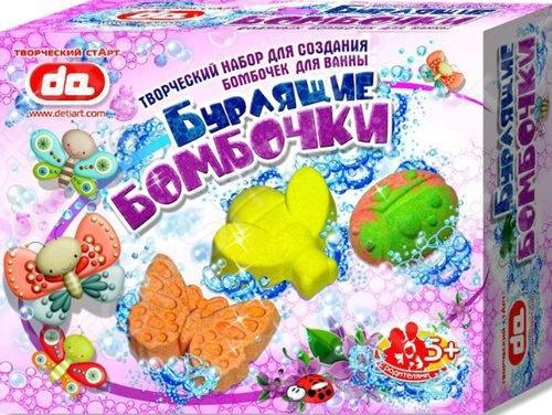 Набор для создания бомбочек ДЕТИ АРТ «Насекомые»Изготовление мыла<br>Набор для создания бомбочек ДЕТИ АРТ Насекомые - замечательный подарок для детей к любому празднику. Набор включает в себя все необходимые компоненты для создания трех бурлящих бомбочек. В набор выходят: пронумерованные пакетики с сухими компонентами, разноцветные красители, ароматизаторы, палочки и емкость для размешивания. Бурлящие бомбочки для ванн станут прекрасным развлечением, в создании которого дети смогут проявить свои творческие способности. Инструкция к применению:  высыпать сухие компоненты в специальную емкость для перемешивания;  добавить понравившийся краситель, ароматизатор и все перемешать;  высыпать массу в формочку, все утрамбовать;  оставить высохнуть.<br>