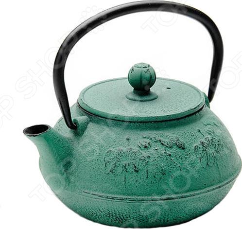 Чайник заварочный Mayer&amp;amp;Boch MB-23700Чайники заварочные<br>Чайник заварочный Mayer Boch 23700 изготовлен из высококачественного чугуна с внутренним и внешним покрытием из термостойкого лака. Такое покрытие защищает чайник от коррозии. Чугун очень долго удерживает тепло, так что ваш чай будет долгое время горячим. Сеточка из нержавеющей стали гарантирует, что чаинки не попадут вам в чашку. Такой чайник станет украшением любой чайной церемонии. Посуда и кухонные принадлежности компании Mayer Boch это новое поколение кухонной посуды, которое создано ведущими мировыми специалистами с использованием самых современных технологий. Компания выпускает экологически чистые изделия с соблюдением международных норм безопасности, так что вы сможете использовать посуду и кухонные приборы в быту долгие годы без вреда для здоровья.<br>