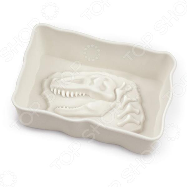 Набор форм для выпечки Fred&amp;amp;Friends Fossil FoodСиликоновые формы для выпечки и запекания<br>Набор форм для выпечки Fred Friends Fossil Food это практичные формы для выпекания кексов или печенья, которые сделана из пищевого силикона. Посуда идеально подходит для выпекания различной выпечки, ведь форма предотвращает тесто от вытекания , при этом, предоставляя возможность с легкостью извлечь готовую выпечку. Пищевой силикон абсолютно безопасен и не вступает в реакцию с продуктами, а так же не влияет на запах и вкус готового изделия. Форма подойдет не только для выпечки, но и для изготовления конфет, мармелада, желе и фруктовых угощений! Ведь силикон легко переносит низкие температуры и не теряет свою структуру, вы можете использовать форму до -40 С. Материал не мнется, он износостойкий и легко моется, но не следует использовать моющие средства, которые содержат абразивы.<br>