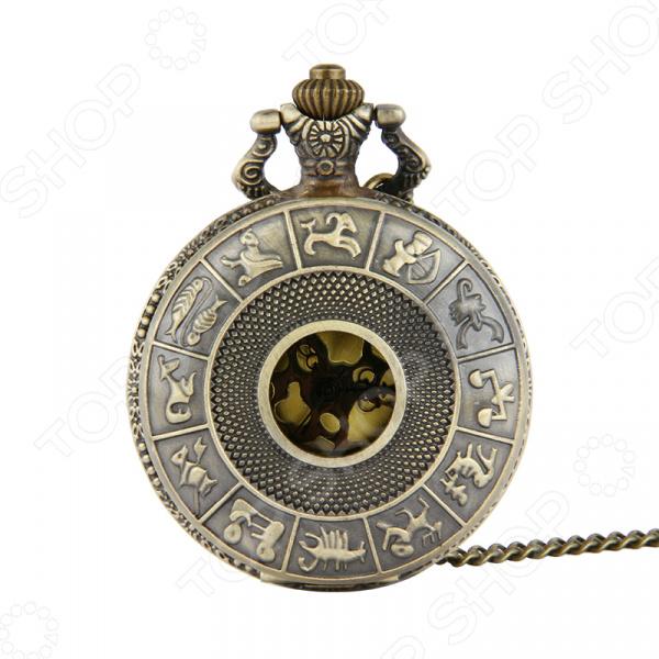 Кулон-часы Mitya Veselkov «Знаки Зодиака»Кулоны<br>Кулон-часы Mitya Veselkov Знаки Зодиака это стильный аксессуар, который выполняет не только функцию украшения, но и классических часов. Корпус изделия выполнен из прочного, но изящного сплава тонкой работы. Внутри корпуса вы увидите кварцевые часы с тремя стрелками, которые прослужат вам долгие годы. Кулон крепится на изящную цепочку панцирного плетения, с карабином, при необходимости вы можете заменить её и использовать кожаный шнурок. В такой вариации вы идеально дополните образ стим-панк, который снова становится популярен. Любая современная девушка будет в восторге от такого украшения, ведь эти часы сочетаются с любыми аксессуарами и хорошо смотрятся как с свитерами крупной вязки, так и с воздушными блузами. Этот кулон может стать идеальным подарком на праздник.<br>