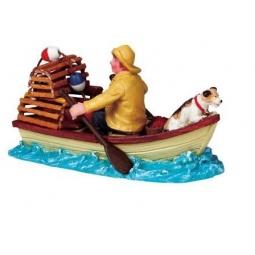 фото Фигурка керамическая Lemax «Рыбак с собакой в лодке»