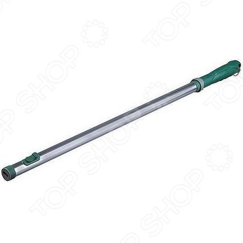 Ручка удлиняющая к садовому инструменту Raco - удобное и функциональное приспособление, которое используется для более комфортного выполнения различных садовых работ. Ручка имеет простой и надежный фиксирующий механизм, который позволяет закрепить инструмент легким нажатием кнопки на ручке. Эргономичная рукоятка выполнена из прочного пластика и имеет рифленую поверхность, что не позволяет приспособлению неожиданно выскользнуть из рук. Ручка выполнена из прочного алюминия, это гарантирует долговечность и качество инструмента.