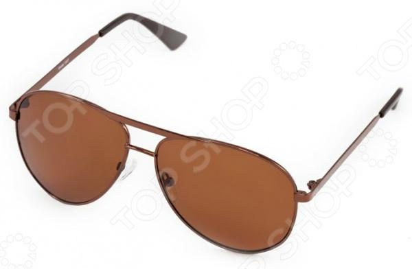 Очки поляризационные Mitya Veselkov MSK-1307Очки<br>Очки поляризационные Mitya Veselkov MSK-1307 станут прекрасным дополнением к набору ваших аксессуаров. Они прекрасно сидят, имеют классический дизайн и эффективно защищают глаза от ультрафиолетовых лучей. Внешне очки данного типа очень похожи на привычные солнцезащитные, однако на самом деле очень отличаются от них. Главной особенностью линз с поляризацией является их способность блокировать солнечный свет, отраженный от горизонтальных поверхностей. Больше всех эффект поляризации могут оценить люди, которые много находятся за рулем. Мокрый асфальт, водная гладь или заснеженный пейзаж могут нести серьезную опасность, т.к. являются источниками отражений. Попав в такое положение, водитель может на мгновение ослепнуть , а это неминуемо ведет к потере контроля за ситуацией на дороге. Поляризационные очки позволяют вам избавиться от подобных проблем, уменьшая усталость глаз, раздражение сетчатки и повышая, в свою очередь, зрительный комфорт.<br>