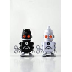 Купить Солонка и перечница заводные Suck UK Bots