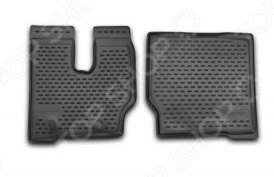 Комплект ковриков в салон автомобиля Novline-Autofamily Shacman F2000 2000-2014 / 2013Коврики в салон<br>Комплект ковриков в салон автомобиля Novline Autofamily Shacman F2000 2000-2014 2013 отличное решение для вашего автомобиля! Этот комплект не только улучшит внешний вид автомобильного салона, но и надежно защитит текстильное покрытие пола от пыли, грязи, сырости и всевозможных пятен. Гибкие, эластичные коврики выполнены из прочного и долговечного полиуретана, который отличается своими прекрасными эксплуатационными характеристиками. Этот материал не деформируется под воздействием высоких или низких температур, не рвется, не выгорает и не подвержен воздействию коррозии, УФ-лучей, бензина и прочих стойких реагентов. Благодаря тому, что форма ковриков разрабатывается с учетом всех особенностей кузова и пола автомобиля отдельной марки и модели, они идеально ложатся в салоне. Их не придется самостоятельно подрезать и подгибать. Другой особенностью комплекта является наличие фиксаторов, которые не позволяют коврикам двигаться во время езды. Защита от западания педали газа гарантирует безопасную и комфортную езду. Поверхность ковриков имеет антискользящий рельеф, который позволяет водить машину в обуви, где отсутствует протектор, например, в туфлях. Гигиенические сертификаты и строгий контроль качества используемых материалов гарантируют, что такие изделия будут совершенно безопасны для вашего здоровья. У них отсутствует неприятный запах, присущий дешевым и некачественным автомобильным коврикам. Преимуществом этого комплекта также можно считать простоту в уходе. Чтобы очистить коврики от налипшей грязи, пыли можно использовать привычные чистящие средства.<br>