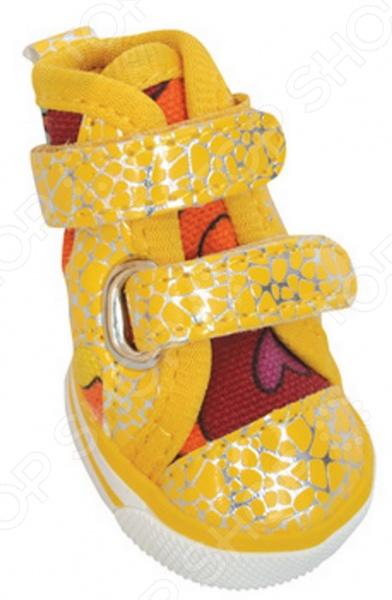 Обувь для собак DEZZIE «Лимон»Обувь для собак<br>Обувь для собак DEZZIE Лимон интересная вещь, с помощью которой вы обеспечите вашему питомцу нужный комфорт во время прогулок. Обувь разработана с учетом анатомических особенностей животных, плотно облегает лапу, имеет липучки и язычок-фикстор для защиты шерсти при застегивании. Резиновая подошва не скользит по льду и не даст лапам промокнуть. Обувь смотрится очень мило, при этом прекрасно сохраняет форму при носке. Из представленного ассортимента можно выбрать размер.<br>