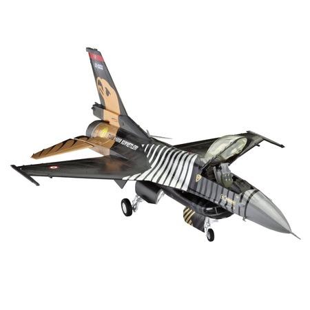 Купить Сборная модель самолета Revell F-16 C «Solo Turk» с клеем и красками