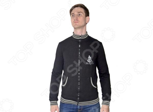 Толстовка мужская RAV RAV01-008Толстовки<br>Толстовка мужская RAV RAV01-008 это симпатичная толстовка, которая удачно впишется в ваш гардероб. Интересный дизайн и принт позволят вам выделиться среди окружающих. Кроме того, толстовки такого типа отлично переносят нагрузки, легкие зацепки не оставят следа на ткани, а грязные пятна с легкостью отмоются при стирке. Футер 100 хлопок , из которого сшита одежда, устойчив к появлению катышков, ведь это плотное трикотажное полотно с гладкой лицевой стороной и мягкой изнаночной. Стирайте только при температуре не более 30 градусов, в противном случае, одежда даёт усадку.<br>
