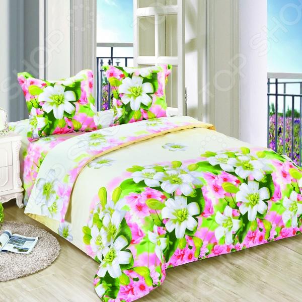 Комплект постельного белья Amore Mio Veselie. Poplin. 1,5-спальный1,5-спальные<br>Комплект постельного белья Amore Mio Veselie. Poplin это незаменимый элемент вашей спальни. Человек треть своей жизни проводит в постели, и от ощущений, которые вы испытываете при прикосновении к простыням или наволочкам, многое зависит. Чтобы сон всегда был комфортным, а пробуждение приятным, мы предлагаем вам этот комплект постельного белья. Приятный цвет и высокое качество комплекта гарантирует, что атмосфера вашей спальни наполнится теплотой и уютом, а вы испытаете множество сладких мгновений спокойного сна. В качестве сырья для изготовления этого изделия использованы нити хлопка. Натуральное хлопковое волокно известно своей прочностью и легкостью в уходе. Волокна хлопка состоят из целлюлозы, которая отлично впитывает влагу. Хлопок дышит и согревает лучше, чем шелк и лен. Поэтому одежда из хлопка гарантирует владельцу непревзойденный комфорт, а постельное белье приятно на ощупь и способствует здоровому сну. Не забудем, что хлопок несъедобен для моли и не деформируется при стирке. За эти прекрасные качества он пользуется заслуженной популярностью у покупателей всего мира. Комплект постельного белья Amore Mio Veselie. Poplin выполнен из поплина. Это ткань самого простого полотняного плетения с чуть заметным рубчиком, который появляется из-за использования нитей разной толщины. Нежный, и в тоже время прочный материал, отлично подходит для людей с чувствительной кожей и детей. Частая стирка не изменяет цвет рисунка и не влияет на износостойкость таких изделий.<br>