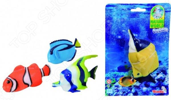 Игрушка для ванны Simba Stretch «Морские рыбки». В ассортиментеИгрушки для ванны<br>Товар продается в ассортименте. Цвет изделия при комплектации заказа зависит от наличия цветового ассортимента товара на складе. Игрушка для ванной Simba Stretch Морские рыбки это увлекательная игрушка для ванной, которая привлечет внимание вашего ребенка и отвлечет от неприятного процесса, при этом, наоборот привьет ребенку желание почаще купаться и развлекаться в ванной. Игрушка легко держится на поверхности воды, можно составлять целые истории о приключениях зверюшки в море. Материал рассчитан на развитие мелкой моторики рук ребенка, тактильного восприятия, а благодаря насыщенным цветам цветового восприятия.<br>