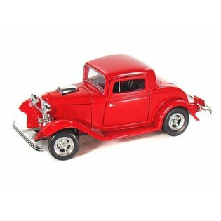 Купить Модель автомобиля 1:24 Motormax Ford Coupe 1932. В ассортименте