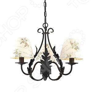 Люстра подвесная Rivoli Ribera-P-3 это красивый и мощный светильник, который способен ярко освещать целую комнату. Люстра может служить единственным источником света или дополняться декоративными светильниками. Подвесная люстра подходит для высоких потолков, поскольку занимает достаточно много места, спускаясь с потолка на цепи или штанге. Как самый габаритный светильник, подвесная люстра украшается богаче всех это центральный акцент интерьера, а в ансамбле с декоративными светильниками она создает в комнате атмосферу роскоши. Классический светильник, который позволит вам подсветить комнату, или напротив создать рассеянное освещение. Потолочный светильник может выступать как локальным источником света, так и основным, можно осветить рабочую зону или подчеркнуть интерьер. Если вы хотите создать в квартире определенный интерьер, то, в большинстве случаев, без потолочных светильников вам не обойтись. Следует заметить, что потолочные светильники прекрасно подходят для рабочих помещений, кабинетов и офисов. Можно использовать как замену люстр в маленьких помещениях, например, в помещениях где низкие потолки и вешать люстру просто невозможно. Кроме того, потолочные светильники помогут создать неповторимую атмосферу в коридорах. Свет, который излучается очень мягкий, при этом достаточно хорошо освещает помещение.
