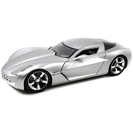 Купить Модель автомобиля 1:18 Jada Toys 2009 Corvette Stingray Concept - Glossy Sillver