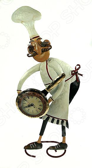 Часы настольные «Повар» 18443Часы настольные<br>Часы настольные Повар 18443 - стильный аксессуар для вашего помещения и хороший подарок для любой женщины, особенно, если она любит готовить. Благодаря небольшим размерам, они поместятся на любом столе. Эти часы выполнены из очень качественных материалов, очень прочные, несмотря на то, что произведены в Китае. Часы настольные Повар являются механическими, а отображение времени у них аналоговое. Гарантия на них 1 год.<br>