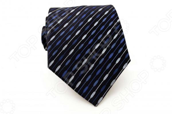 Галстук Mondigo 34253Галстуки. Бабочки. Воротнички<br>Галстук - важный элемент гардероба в жизни каждого мужчины. Сегодня сложно себе представить современного делового мужчину без галстука и это не удивительно, ведь именно галстук является главным атрибутом делового стиля. Не редко, для делового мужчины галстук - одна из немногих деталей, которая позволяет выразить свою индивидуальность, особенно в случаях, когда необходимо соблюдать строгий дресс-код. Однако, галстук уже давно вышел за пределы деловой сферы. Сегодня многие мужчины предпочитающие стиль кэжуал, так же активно прибегают к помощи различных галстуков для создания своего уникального образа. Галстуки стали очень разнообразными как по виду и цвету, так и по форме и материалу изготовления, благодаря этому их можно активно носить не только в офис и на деловых встречах, но даже на отдыхе и в повседневной жизни. Галстук Mondigo 34253 - оригинальная модель, которая станет завершающим штрихом в образе солидного мужчины. Правильно подобранный галстук позволяет эффектно выделить выбранный вами стиль, подчеркнуть изысканность и уникальность его владельца. Стильный мужской галстук темно-синего цвета из микрофибры, выполнен из фактурной ткани и украшен диагональным узорным принтом. Ширина у основания 8,5 см.<br>