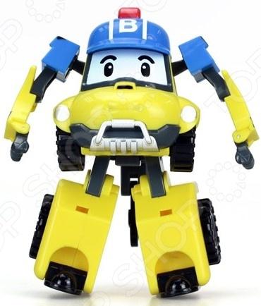 Игрушка-трансформер Silverlit «Баки»Роботы и трансформеры<br>Игрушка-трансформер Silverlit Баки замечательная фигурка, от которой каждый мальчик придет в неподдельный восторг. Фигурка в считанные секунды превращается из отважного человечка в забавную машину, храбро встающую на борьбу со злодеями. Теперь и ребенок сможет приобщиться к этому важному делу. Игрушка станет прекрасным дополнением для сюжетной игры, даст возможность малышу самостоятельно продумать развитие событий и их развязку. Благодаря этому активно развивается воображение ребенка, моторика рук, цветовосприятие и тактильные ощущения. Игрушка представлена в яркой расцветке, прекрасно детализирована и изготовлена из высококачественного безвредного пластика.<br>