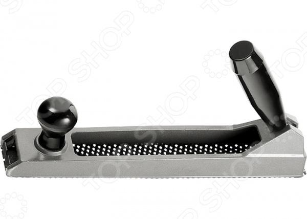 Рубанок обдирочный для гипсокартона MATRIX 879165Рубанки<br>Рубанок обдирочный для гипсокартона MATRIX 879165 инструмент, используемый для обработки гипсокартона, пластика и фибергласса. Он станет отличным дополнением к набору ваших слесарных инструментов и пригодится при выполнении ремонтных и отделочных работ. Рубанок выполнен из высокопрочного металла и снабжен переставной рукояткой и отверстиями для отвода стружки. Особая конструкция и наличие специального крепления позволяют быстро заменить использованное рабочее полотно на новое.<br>