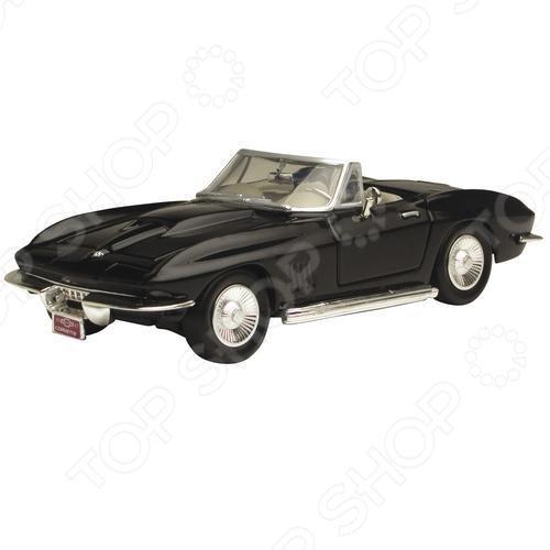 Модель автомобиля 1:24 Motormax Chevrolet Corvette 1967. В ассортименте