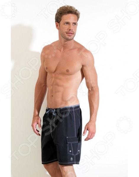 Шорты BlackSpade 8014. Цвет: черныйШорты<br>Шорты пляжные BlackSpade 8014 предназначены специально для мужчин. Представленная модель отлично подойдет для активного отдыха и занятий спортом в теплое время года. В средней ширины пояс встроен шнурок-завязка, что позволяет подогнать шорты под необходимый размер. Темный основной цвет дает возможность сочетать шорты практически с любой футболкой или майкой, а контрастная прострочка придает изделию стильный и модный вид. Шорты пляжные BlackSpade 8014 выполнены из 100 полиэстера. Этот материал обладает целым рядом отличных потребительских свойств: он практически не мнется, легко стирается, быстро сохнет и устойчив к истиранию. Изделие крайне практично, оно не выцветает и не деформируется даже после множества стирок.<br>