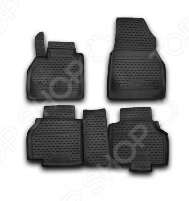 Комплект ковриков в салон автомобиля Novline-Autofamily Renault Kangoo 2010Коврики в салон<br>Комплект ковриков в салон автомобиля Novline Autofamily Renault Kangoo 2010 отличное решение для вашего автомобиля! Этот комплект не только улучшит внешний вид автомобильного салона, но и надежно защитит текстильное покрытие пола от пыли, грязи, сырости и всевозможных пятен. Гибкие, эластичные коврики выполнены из прочного и долговечного полиуретана, который отличается своими прекрасными эксплуатационными характеристиками. Этот материал не деформируется под воздействием высоких или низких температур, не рвется, не выгорает и не подвержен воздействию коррозии, УФ-лучей, бензина и прочих стойких реагентов. Благодаря тому, что форма ковриков разрабатывается с учетом всех особенностей кузова и пола автомобиля отдельной марки и модели, они идеально ложатся в салоне. Их не придется самостоятельно подрезать и подгибать. Другой особенностью комплекта является наличие фиксаторов, которые не позволяют коврикам двигаться во время езды. Защита от западания педали газа гарантирует безопасную и комфортную езду. Поверхность ковриков имеет антискользящий рельеф, который позволяет водить машину в обуви, где отсутствует протектор, например, в туфлях. Гигиенические сертификаты и строгий контроль качества используемых материалов гарантируют, что такие изделия будут совершенно безопасны для вашего здоровья. У них отсутствует неприятный запах, присущий дешевым и некачественным автомобильным коврикам. Преимуществом этого комплекта также можно считать простоту в уходе. Чтобы очистить коврики от налипшей грязи, пыли можно использовать привычные чистящие средства.<br>